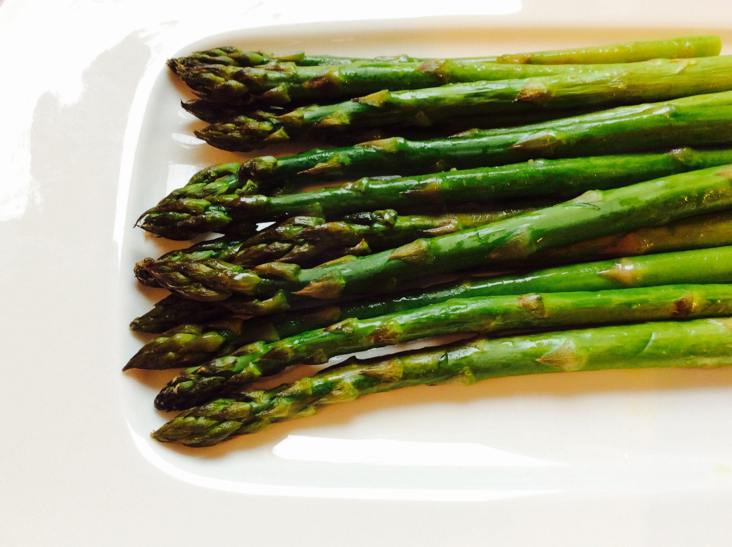 #accompagnement #asperges #asperge #recette #recetteaccompagnement #vegan #vegetarian #végétarien #aspergesaufour